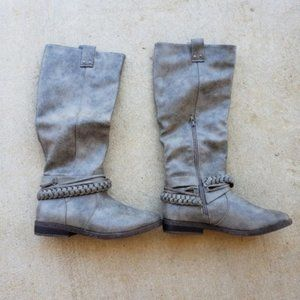 Rampage Grey/Taupe Distressed Boots.